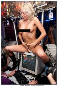 Counter-Strike & Strippers 2