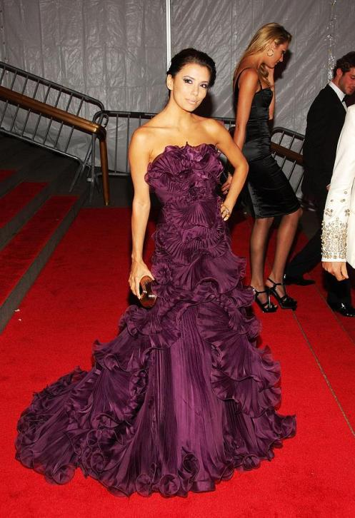 eva-longoria-wearing-a-marchesa-gown-everett