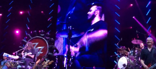 Fan Plays Drums for Foo Fighters 2
